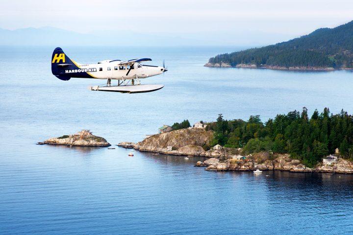 Seaplane über dem Howe Sound