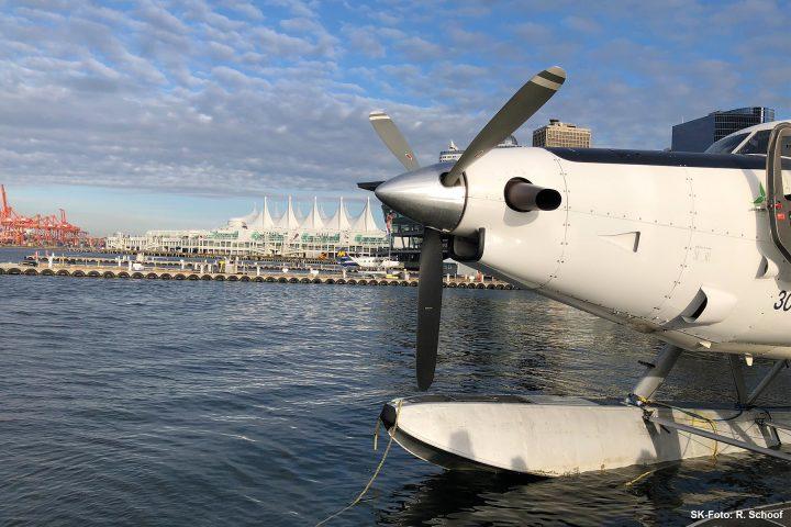 Harbour Air Seaplane am Canada Place Vancouver