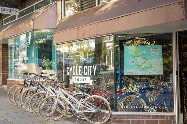 Vancouver Cycle City Laden mit Fahrraedern