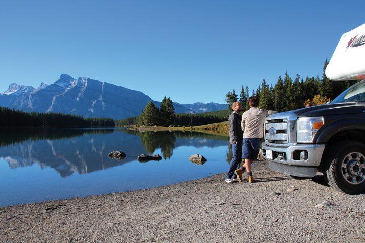 Camper am Two Jack Lake